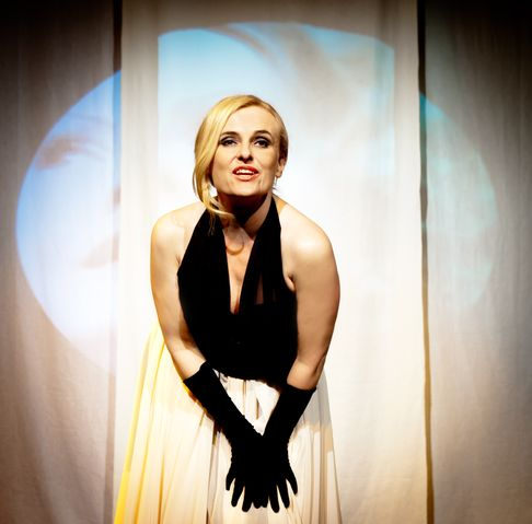 picture Katarína Castrovilli: Kabaret na jednu noc