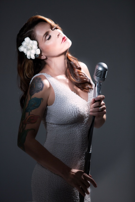 picture BETH HART, support René Lacko & Down Town band