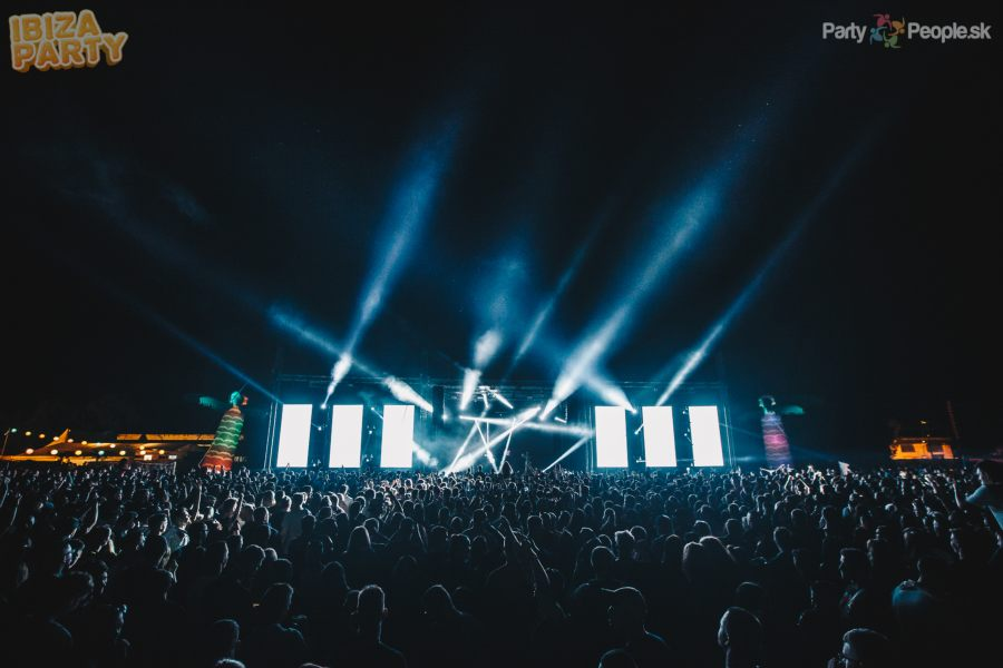 picture IBIZA PARTY 2019 open air