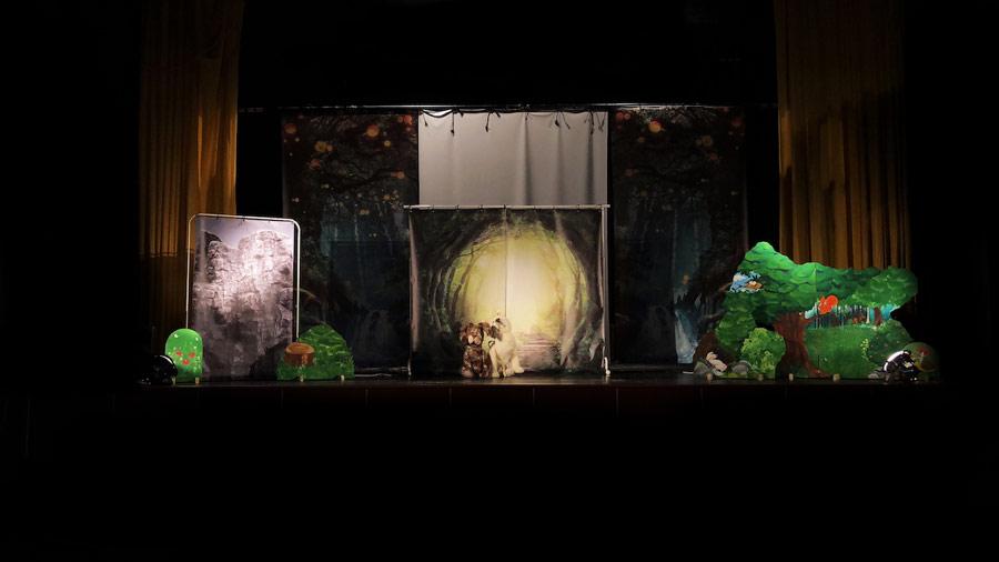 picture Detské divadelné predstavenie - Normenov svet