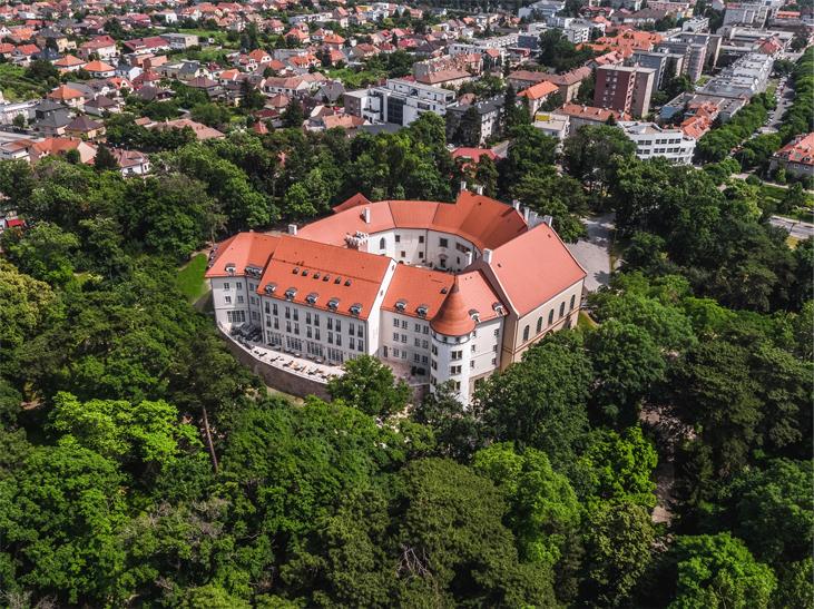 picture MARCELA LAIFEROVÁ na zámku